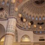 3_Im-Innenraum-der-Kocatepe-Moschee